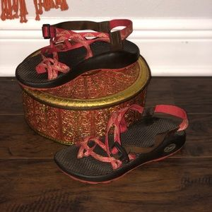 Chaco Women's Cloud Strappy Sandals